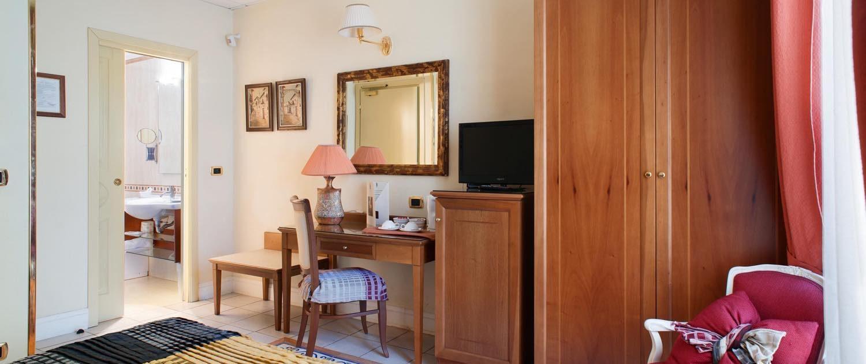CLASSIC 3A - Hotel Akropolis