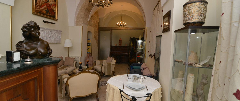 073 - Hotel Akropolis