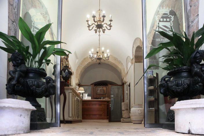 entrata hotel akropolis
