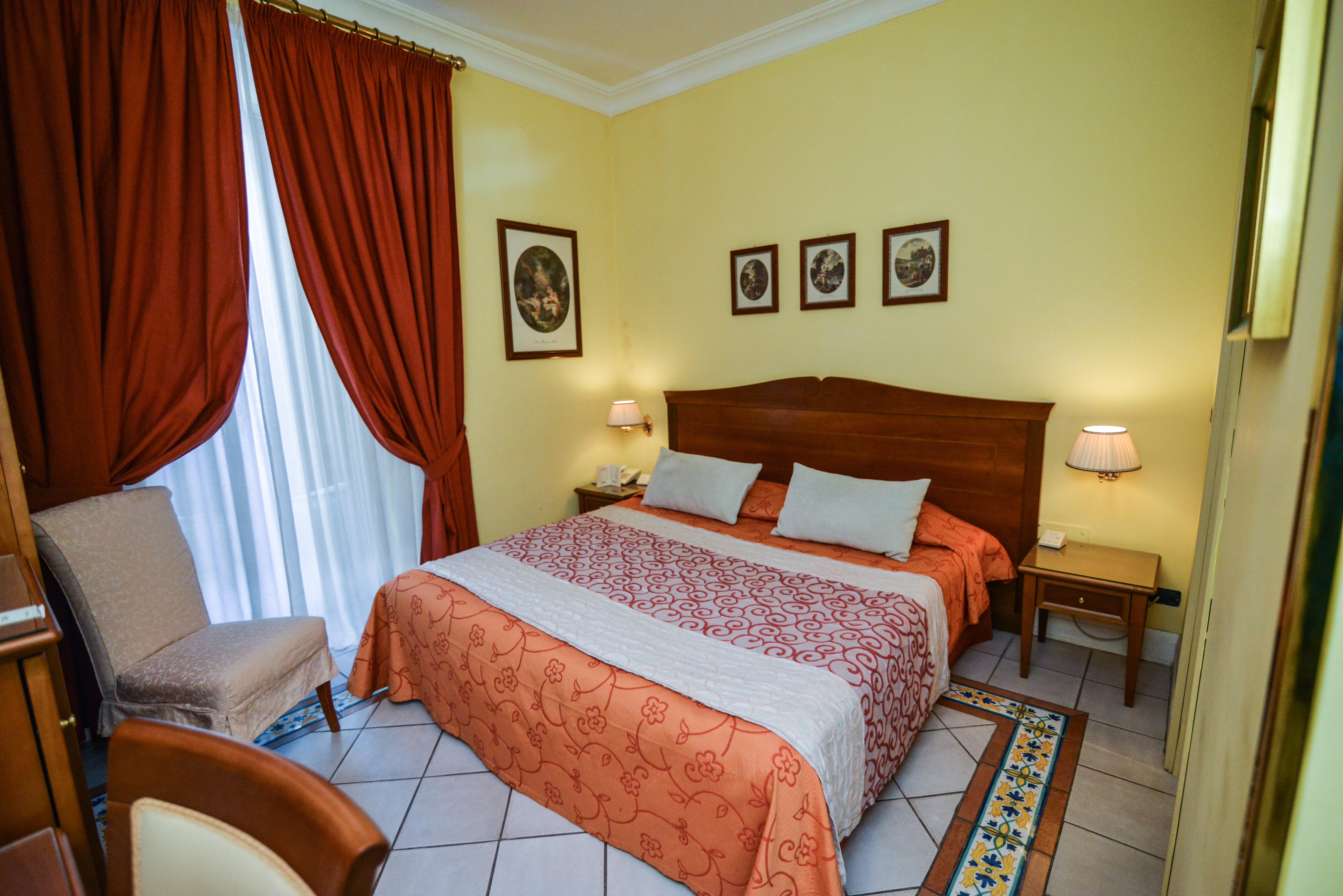 206 - Hotel Akropolis